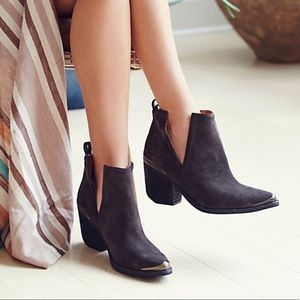Free People x Jeffrey Campbell Hunt the Plains